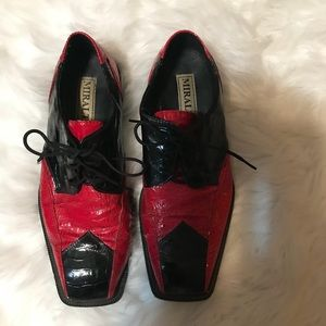 Vintage Red and Black Oxford by Miralto Size 10.5